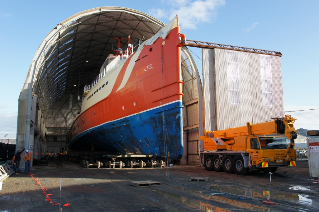 Oceania Marine, North Shipyard - Advantage Entering Refit/Paint Shed C